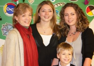 Lee with family at awards ceremonty
